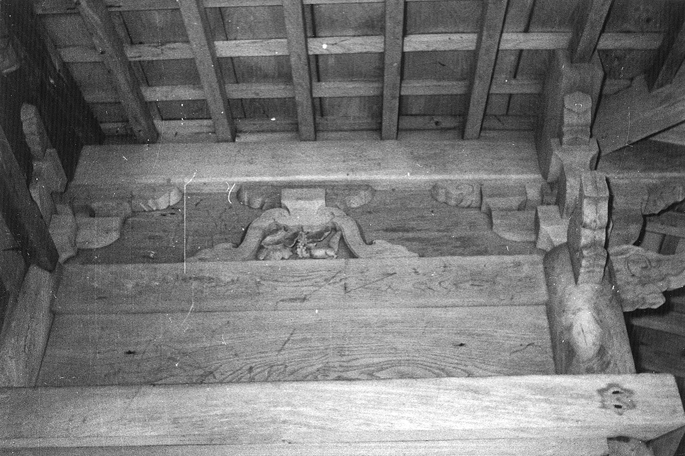 鳥越八幡神社の彫刻