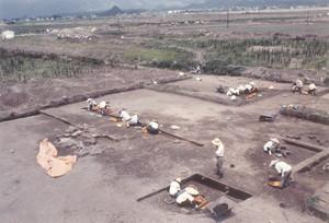 最上町水木田遺跡の発掘風景