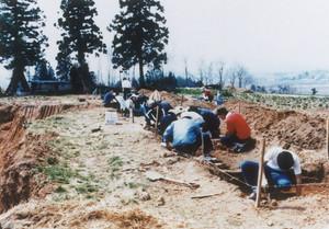 山屋A遺跡発掘調査風景
