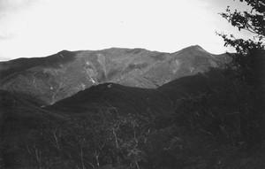神室山の遠望