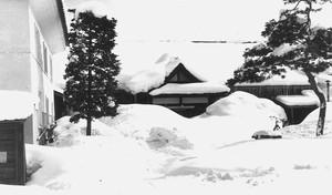 新庄町役場(雪の風景)