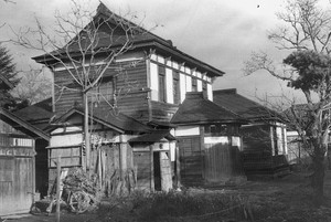 神明町角の元城東病院