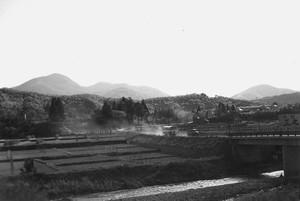 山と田と橋
