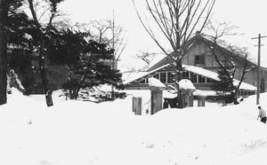 旧新庄北高等学校 雪景色
