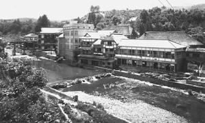 赤倉温泉旅館風景