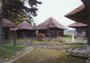 戸沢家墓所(瑞雲院)