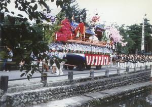 新庄祭り(屋台パレード)