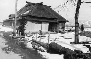 中門造り農家(上西山)