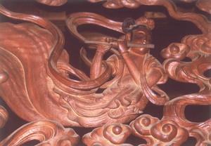 二代目出羽勘七作 会林寺本堂欄間の彫刻飛天(欄間左側)