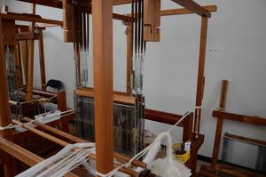 新庄亀綾織の織機
