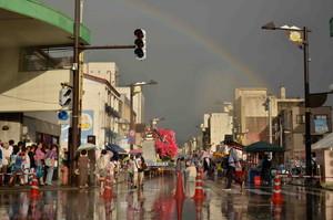 本町十字路の雨上がり