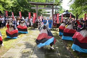 仁田山鹿子踊