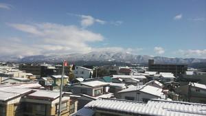 市街地の雪景色